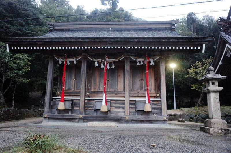 Architectural Column Architecture Building Exterior Built Structure Day Nature No People Outdoors Place Of Worship Roof Spirituality Tourism Destination Travel Destinations Outdoors 滋賀県 白髭神社 白鬚神社