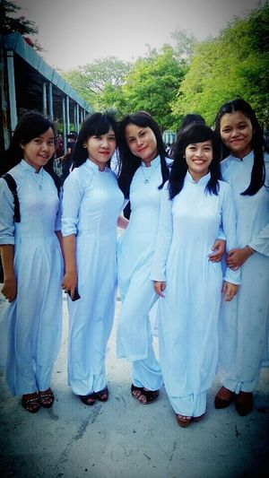 Those are all my friends . We are wearing national clothes for student in my country.. All them are beautiful right ??? :D Beauty Student Girl Beautiful National Clothes