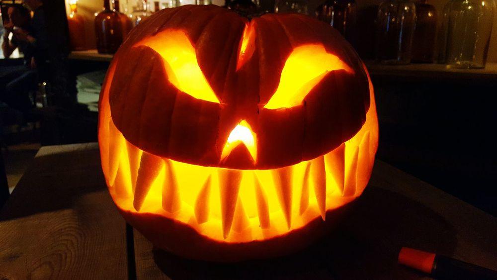 Halloween Pumpkin Anthropomorphic Face Night Celebration Tradition Holiday - Event No People Illuminated Smiling Close-up Indoors  Jack O Lantern
