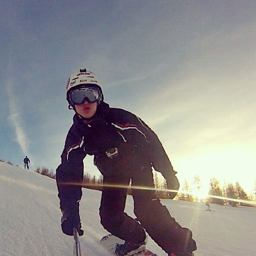 Life is better when you're a snowboarder. Snowbording Snowboard Snow Valberg christmas gopro @gopro
