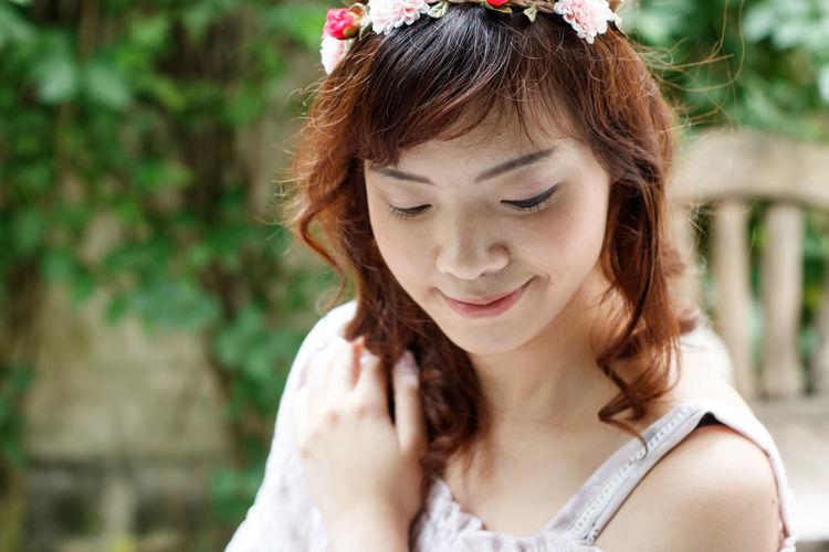 Close-up of beautiful smiling woman