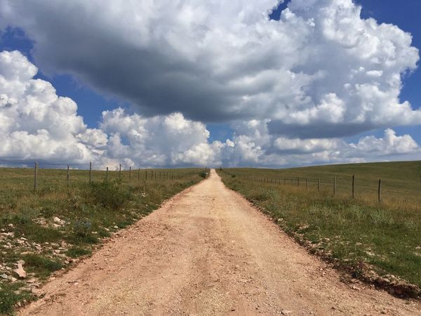 Dirt Road Landscape Assisi Sky And Clouds Weather Monte Subasio Fine Art Photography Showcase July Leading Lines Outdoors Nature The Great Outdoors - 2017 EyeEm Awards An Eye For Travel Summer Exploratorium The Great Outdoors - 2018 EyeEm Awards