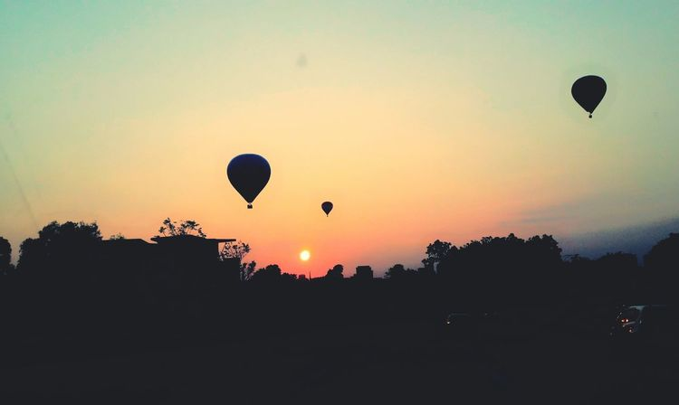 Hot Air Balloon Mid-air Sunrise Moments Are Beautiful