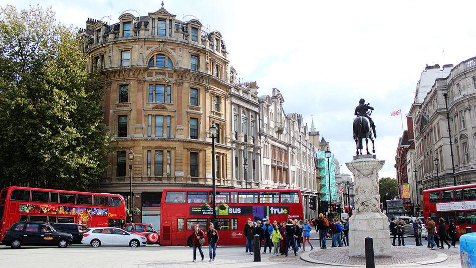 Glorious day in London Town London Londontown Inspiration Cityscapes City Street Photography Trafalgar Square Landmark Capital City