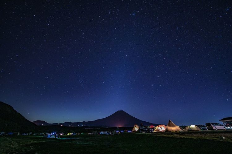 富士山と満天の星空。 Night Nature Beauty In Nature Mountain Camping Landscape Scenics Star - Space Milky Way Sky Outdoors No People Astronomy Fresh On Market 2016