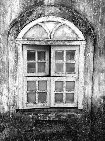 The abandoned Window . Goan Architecture