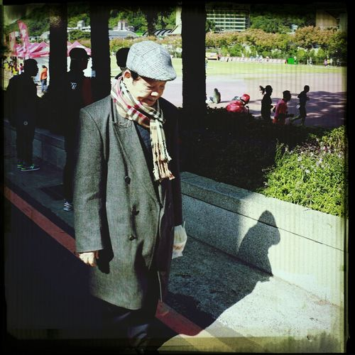 The fashion old man met in SCU International 24HR Ultra Marathon Soochow University International 24hr Ultramarathon