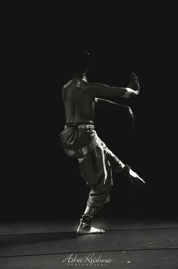 Shades Of Grey Bharata Natyam Lord Shiva Crossingborders Aum Dance Photography Dance Ashakrishnaphotography