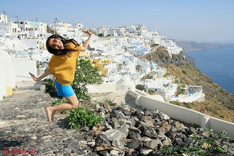 jumpshot in Fira Enjoying Life Eye4thestreets Streetphotography Holiday