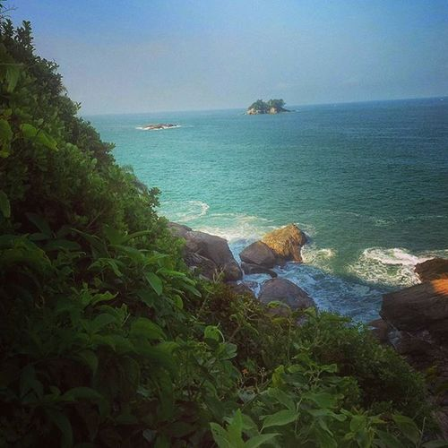 🌞🌊🌴⏪⏳Deumtempoatras Achadosdasemana Beach Guarujá Green Naturelovers Nature Sol Beachday Greenday Instabeach Mar Guarujabeach BR Brasil Brazil SP