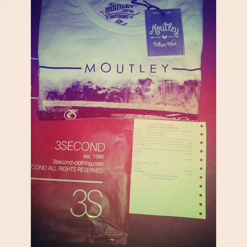 New Tshirt @itsmoutley Mouthley Learned Skateboard Paragon Semarang Store