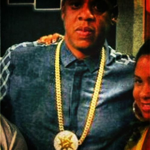 ???? Music Flow Universal Flag Chain Hova Da God #Jayz Got Knowledge Got To Have 120 To Own Dat I Do