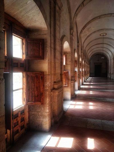 Spanish Culture Architectural Column Corridor History Arch Confined Space Architecture Built Structure Ancient Civilization Civilization