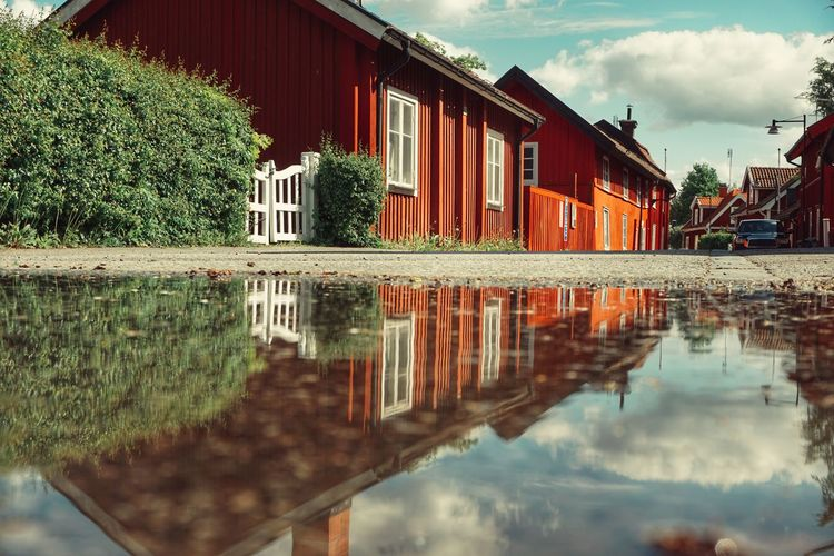 2019 Niklas Storm Maj Water Reflection Tree House Sky Architecture Building Exterior Built Structure Cloud - Sky Residential District Settlement Human Settlement Residential Building Building Residential Structure My Best Photo The Architect - 2019 EyeEm Awards The Street Photographer - 2019 EyeEm Awards