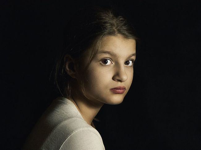 Portrait Studio Shot Black Background Childhood Headshot One Person Close-up Girls Real People Indoors  Portrait Photography Look Looking At Camera