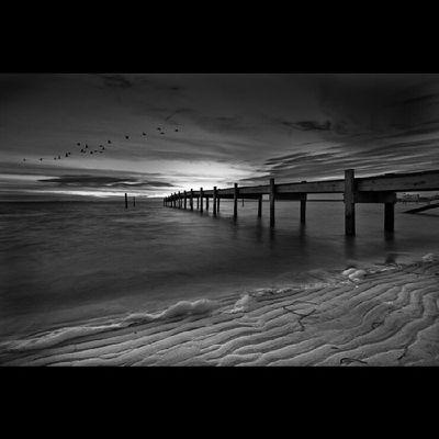 Instagram Instachill Inastateoftrance Eastend Longislandinstagram Emptyspaces Emptyplaces WHTempyspaces Winterinthehamptons Piers Photooftheday Winter Beach