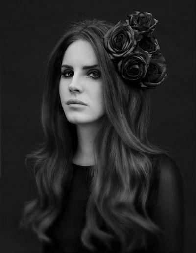 Black Beautiful Lana Del Rey LanaDelRey Black And White ULTRAVIOLENCE Indie Roses