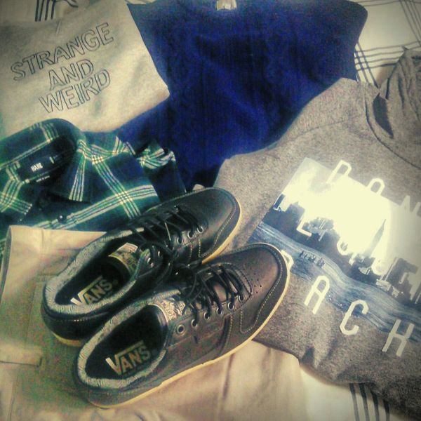 I bought many Discount New Clothes. Vans Hare
