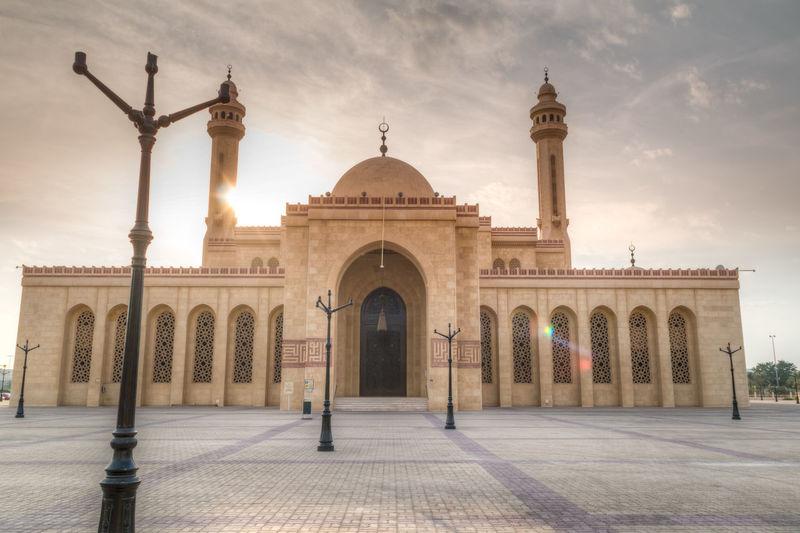 Architechture Kingdom Of Bahrain Mosque Relegion Skycrapers Travel Traveling