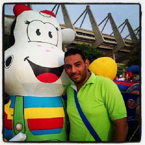 Festejando el dia del niño, EstadioMetropolitano