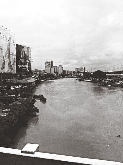 Manila Pasigriver Taking Photos Black&white