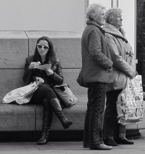 Waiting People Watching Streetphotography People Blackandwhite Black And White Street Photography Sitting Urban Life Streetphoto_bw Pretty Woman Portrait Of A Woman Pensioner