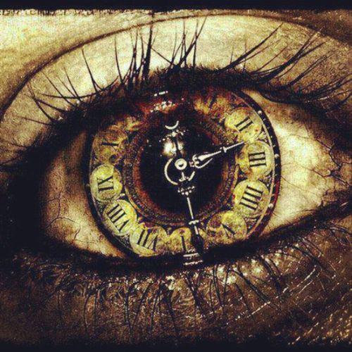Diciamo di ammazzare il tempo come se, purtroppo, non fosse il tempo ad ammazzare noi. Occhio Orologio Tempo Purtroppo TagsForLikes
