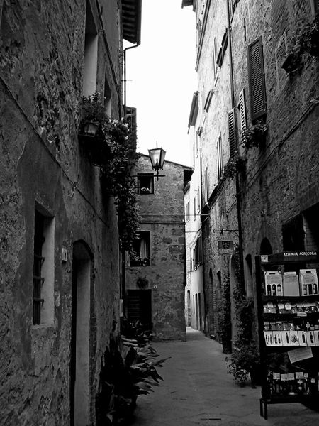 Alley Architecture Building Exterior Built Structure City Day No People Outdoors Pienza (toscana) Residential Building Sky The Way Forward