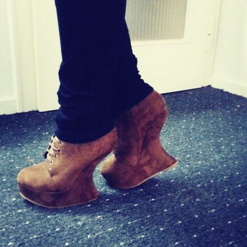 My new shoes *.* Taking Photos Enjoying Life Check This Out Cant Live Without Them!