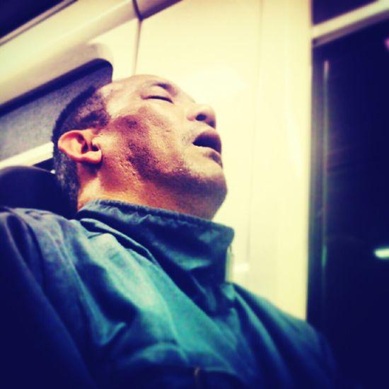 Streetphotography Sleeping Subway Metro Train Siestasenelmetro