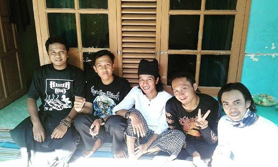 Berkunjung ke kediaman Kang Sudrajat dan Kang Suhendar bersama csris, cspuy and csmo😊 Silaturahmi Bogor Sanja Jabar INDONESIA Jakasunda Batok KudaAwi