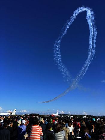 Iruma Air Base Airshow Skyporn ジェットコースターは苦手だけれど、これなら頑張れる。はず。(笑) Autumn Colors Fall Colors Airplane EyeEm Best Shots Blue Blue Sky