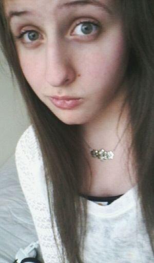 Mehh Just Me Selfie ✌ Longhair New Picture Selfie✌ Selfie Necklace Flowers Ootd