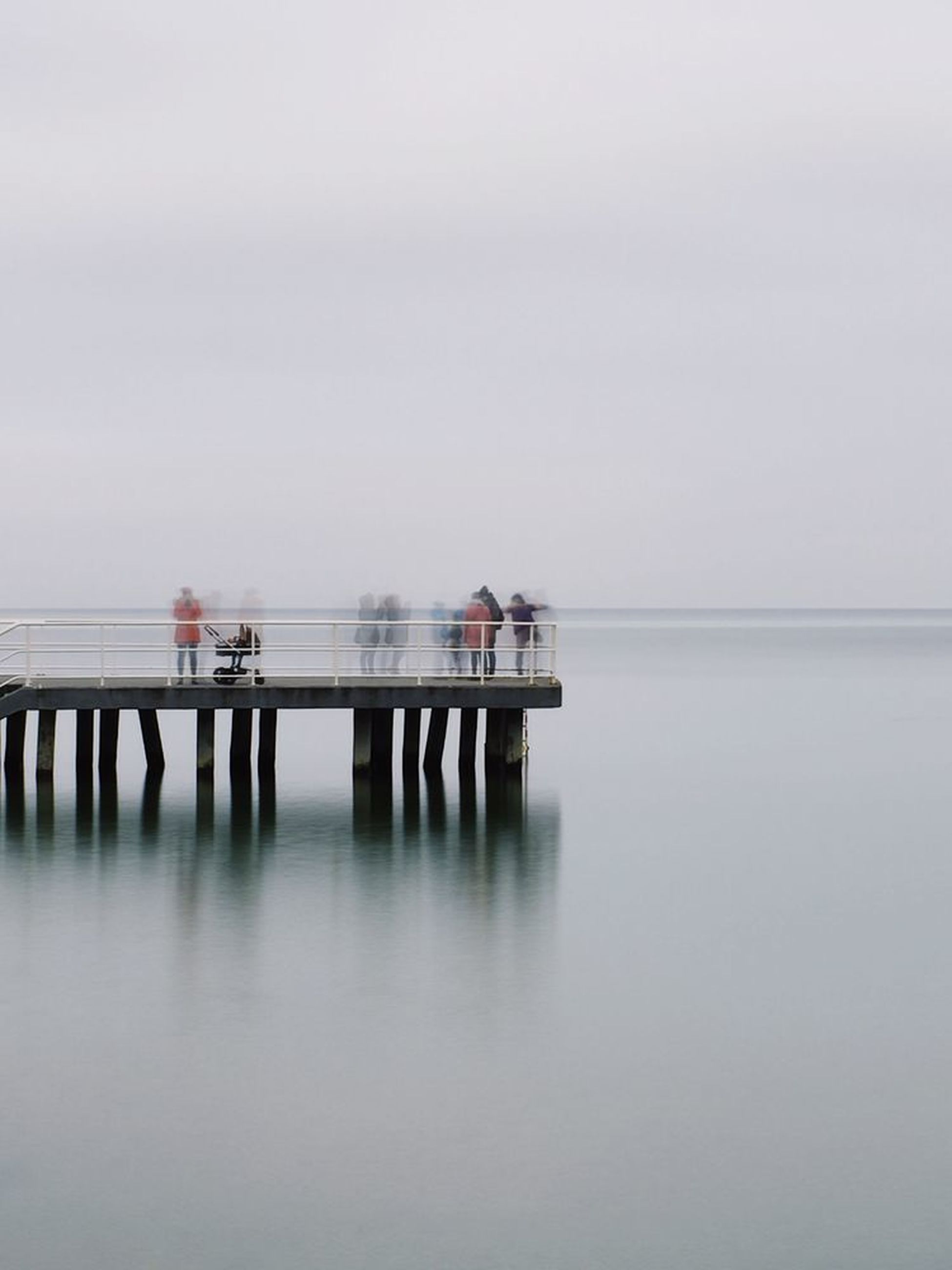 sea, water, outdoors, nature, sky, tranquility, adult, women, people, horizon over water, day, men, togetherness, young adult, wheelchair access, lifeguard hut