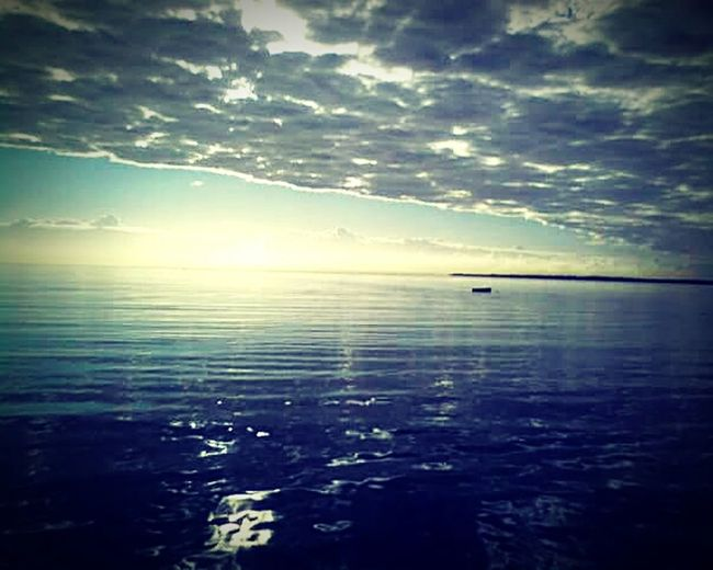 Supper Picture Love To Take Photos ❤ Calm Relaxing Sea Boat Clouds Sun Beautiful Nature Sunset And Clouds  Morton Island Love Love Love.♥♥♥