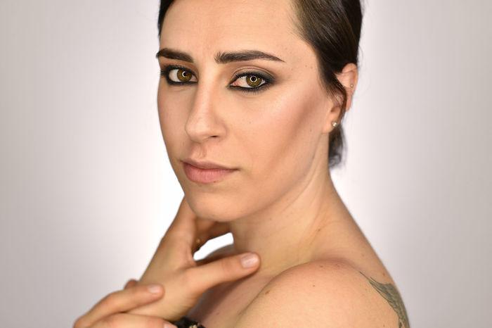 #Eyes #beauty #lights #makeup #makeupartist #love Colors #photography #portrait #portraitphotography #womanportrait This Is My Skin