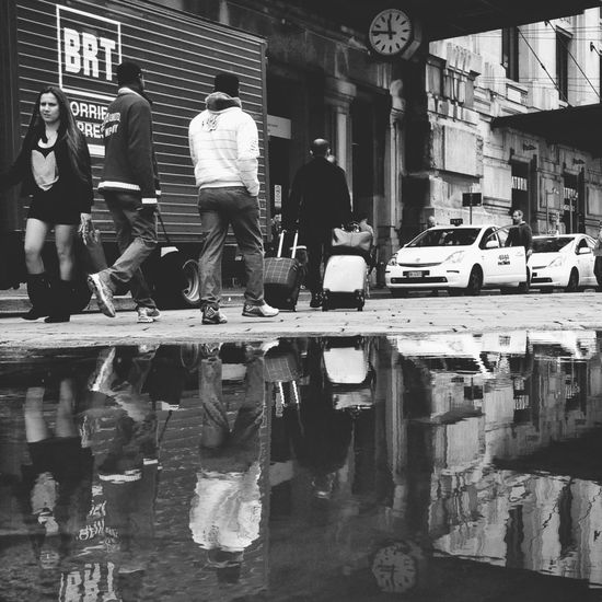 Streetphotography Street Life Puddleography Streetphoto_bw