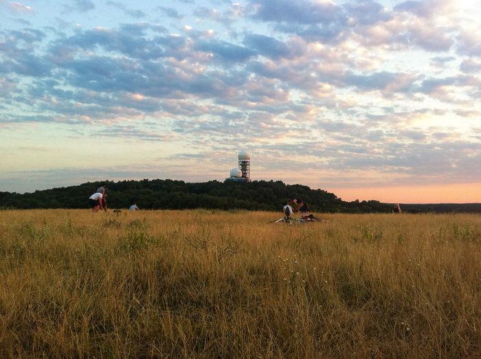 Eyeem Market Radar Station Sunset Teufelsberg People Relaxing Berlin Field Picknick