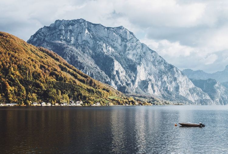 Mountain Nautical Vessel Scenics - Nature Beauty In Nature Mountain Range Mode Of Transportation Tranquil Scene Tranquility Nature_collection Nature Photography Naturelovers Nature On Your Doorstep Reflection Reflections In The Water Reflections autumn mood Autumn colors