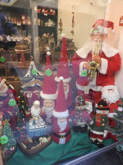 Christmas Shopping Christmas Tree Santa Seasonal Window