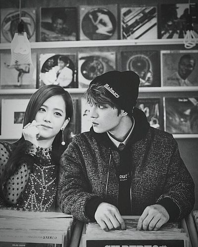 Jaejoong 💖 Jisoo Blackpink_Jisoo Ship Jaejoong Blackpink ❤ Jisoo Kims Love Sarang Loveislove🌈 Adult Indoors  Adults Only Young Adult People Young Women Sitting