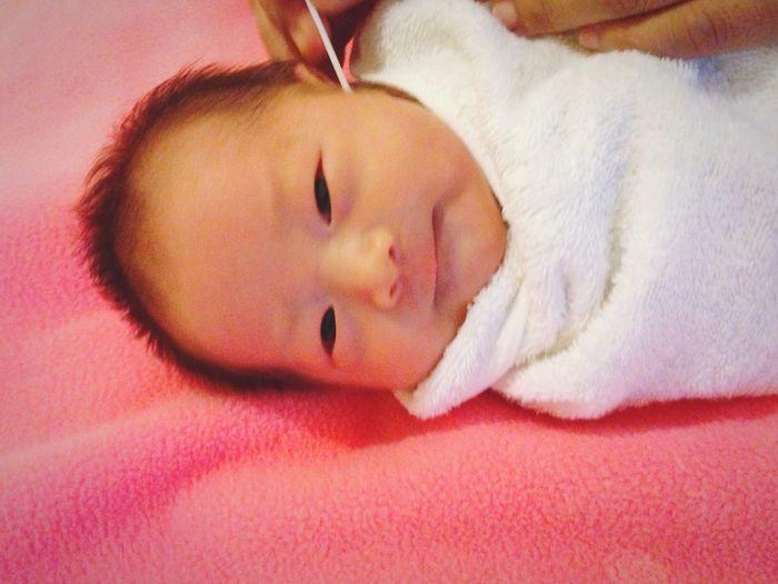 Aunya My Happy Baby Hello World Peace ✌