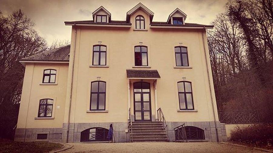 LaMeuse Lamaisonblanche Castellessorbiers Belgique Belguim Belgie Ardennesbelges Architecture Picoftheday Photographie  Escape Pics