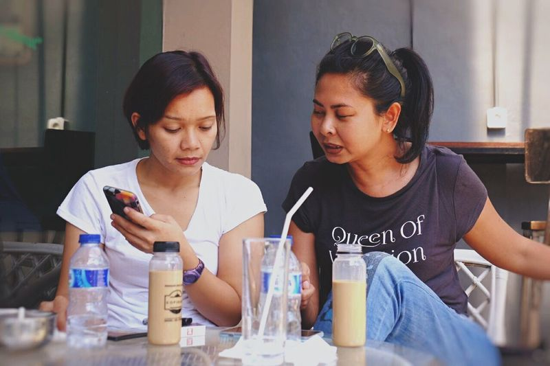 At Kopibian, Kemang. Candid By ITag Forever Friends - ITag Mobile Upload-Me & Friends Coffee Time With Friend By ITag Coffee Shop By ITag