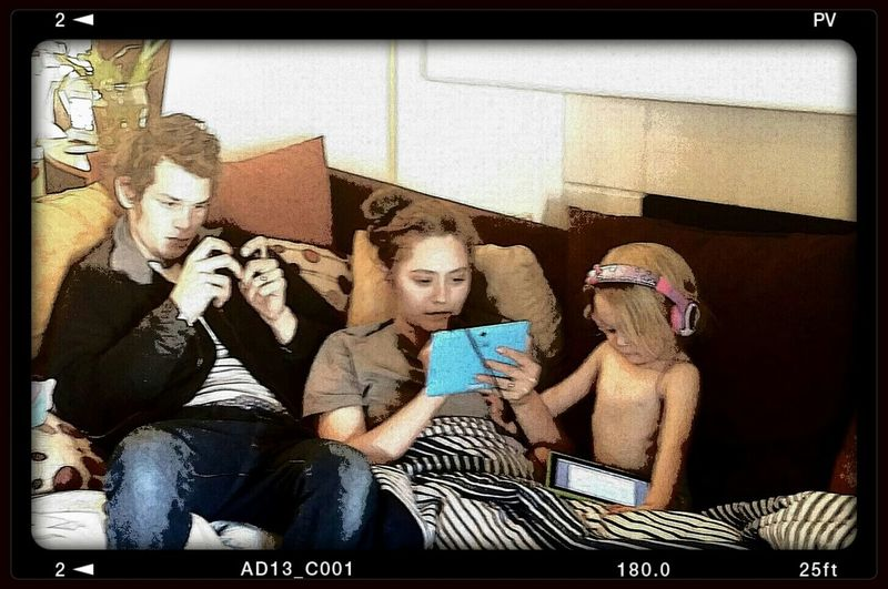 modern family Modern Relaxing Family Time Tech-savvy Toddlers