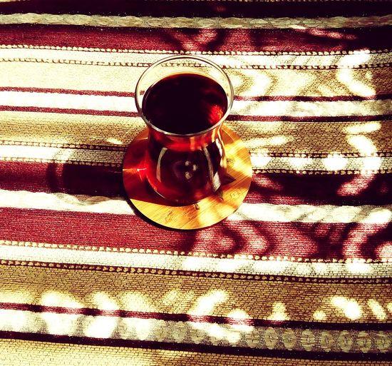 Drink Food And Drink Indoors  Black Tea Serving Size Tea çay çayverenadamkötüolurmu Relax Relaxing Time Relaxing Medusangel
