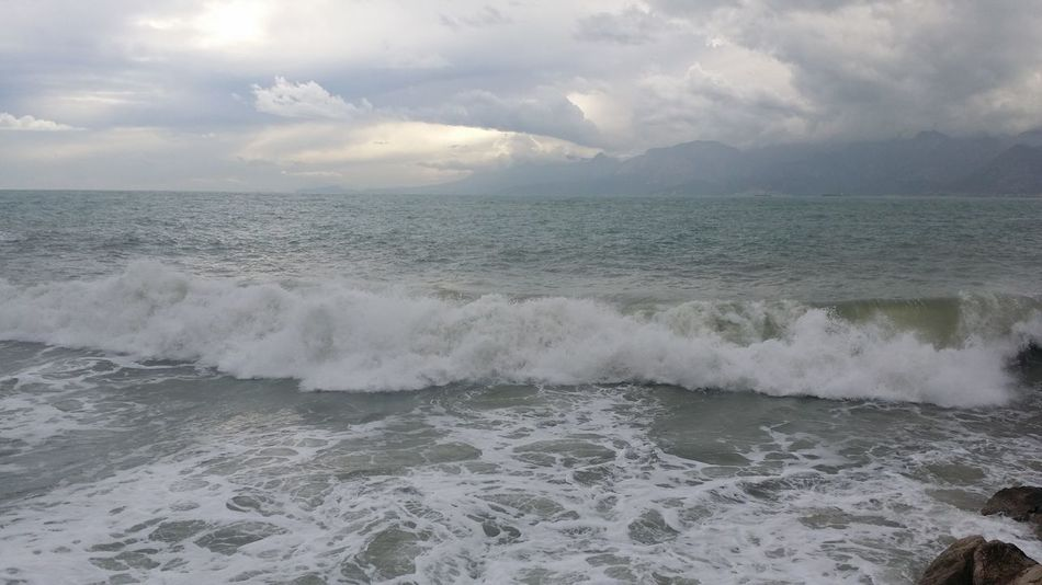 OnlyMyPhotos Antalya Mediterranean  Mediterranean Sea Wave Akdeniz Beauty In Nature Day Force Horizon Over Water Motion Nature No People Outdoors Power In Nature Scenics Sea Sky Tranquility Water Waterfront Wave Waves