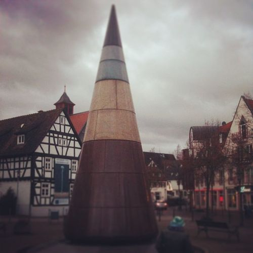 #igersbadvilbel #badvilbel #wetterau Igersfrankfurt Igersbadvilbel Skulpture Wetterau City Town Like Photooftheday Stadt Instadaily Instalike Badvilbel