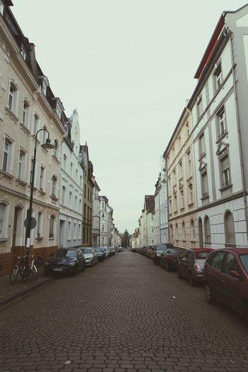 Darmstädter Ansichten...Moosbergstrasse Darmstadt Bessungen Cobblestones Streetview Cars Street Vanishing Point