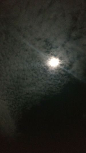 There's too much smoke to see it There's too much broke to feel this I love you, I love you Moonlight Sinfiltro Night Photography Cloud - Sky Nightsky Space Astronomy Solar Eclipse Night Outdoors Moonlight Natural Phenomenon Nature Sky No People Beauty In Nature